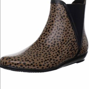Loeffler Randall leopard rain boots size 9.